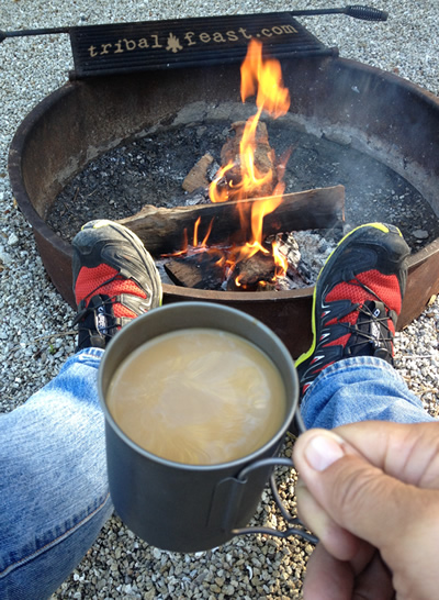 cafe_bustelo_instant_coffee_campfire_400